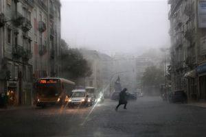 mau tempo, fim-de-semana, portugal, ventos fortes, chuvas, estragos